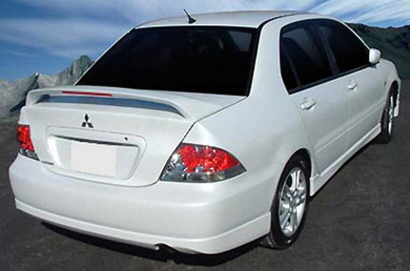Body Kit » Fiber - Mitsubishi Lancer Spoiler 2004-2008