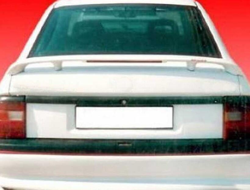 Body Kit » Fiber - Opel Vectra A Spoiler Işıklı 1988-1995