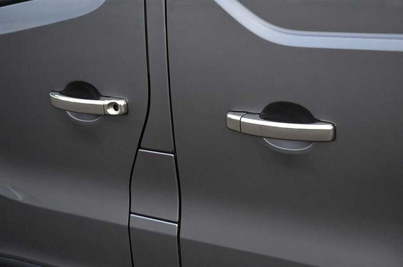 Krom Aksesuar » Omsa - Opel Vivaro 3 Krom Kapı Kolu 4 Kapı Çift Delik 2014-2019 Arası