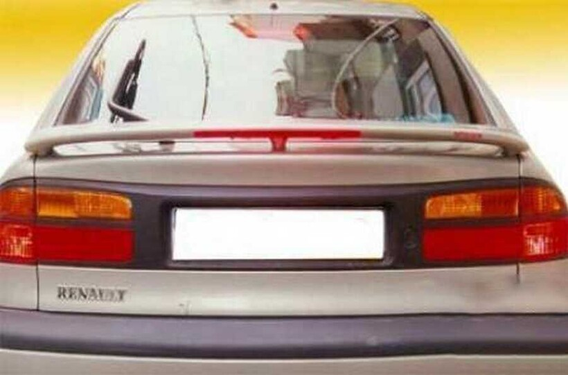 Body Kit » Fiber - Renault Laguna Spoiler 1997-2002