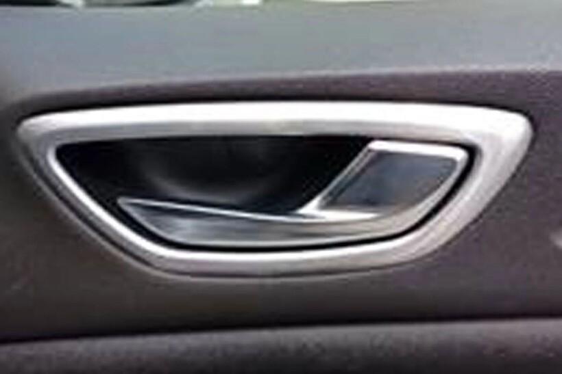 Krom Aksesuar » Omsa - Renault Megane 4 Krom İç Kapı Kolu Çerçevesi 4 Parça Taşlı 2016 ve Sonrası
