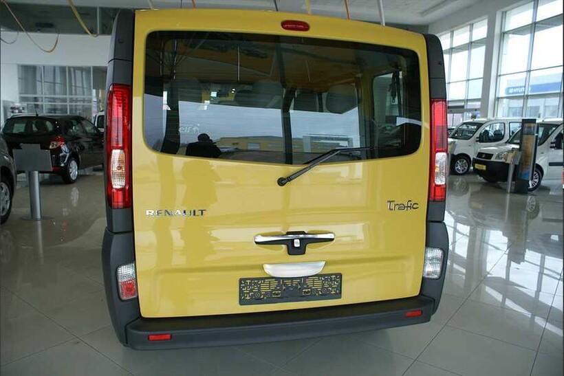 Krom Aksesuar » Omsa - Renault Trafic 2 Krom Bagaj Çıtası Tek Kapı 2001-2014 Arası